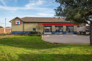 Great Auto  Service Centers in Pitstop Xpress